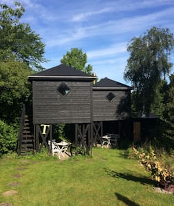 Unique and cosy house 3 meters above ground! - Hørsholm