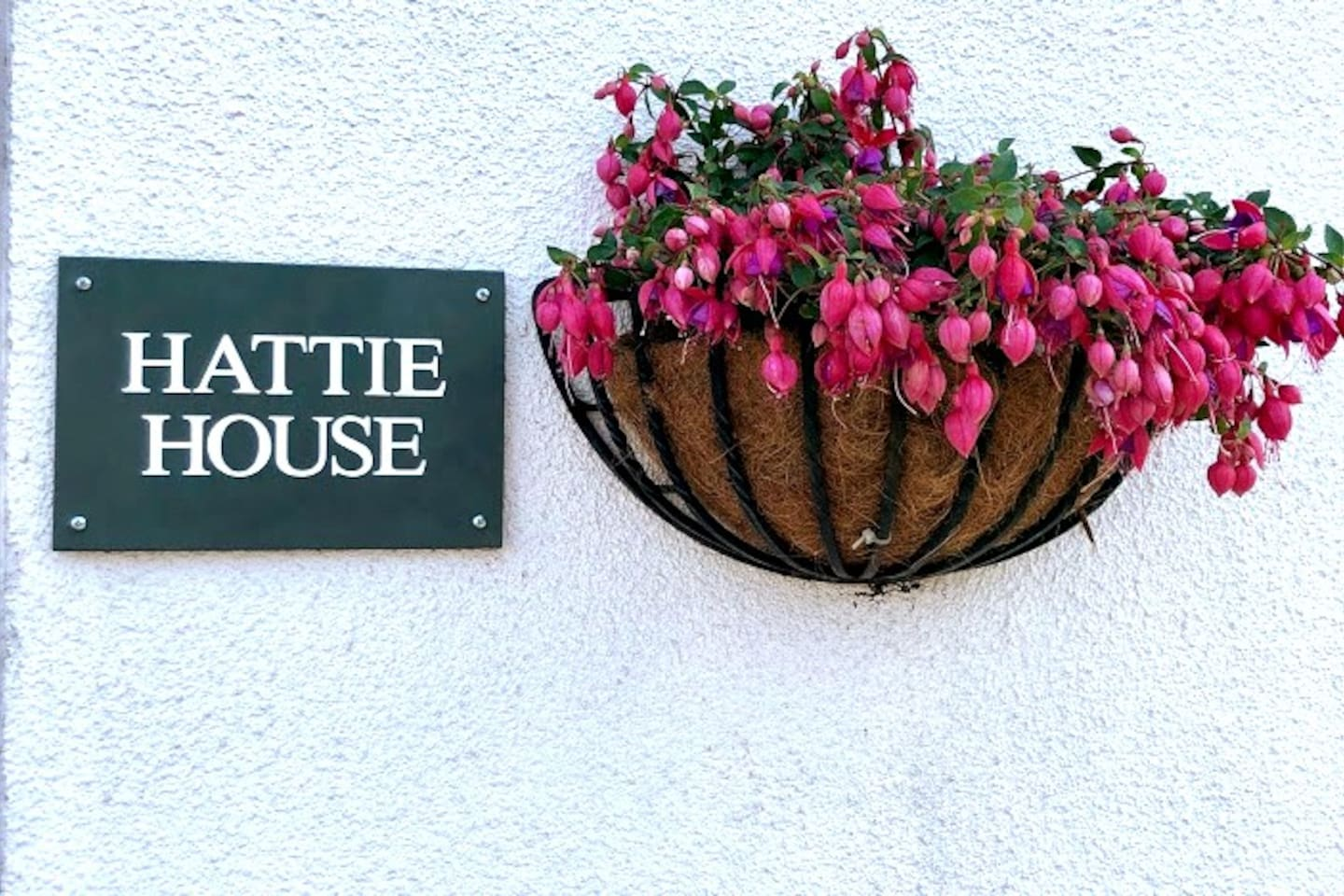 Welcome to Hattie House in Beautiful Leafy Lytham!  Only 5 mintues walk from the famous Lytham Windmill, The Green and The Promenade!