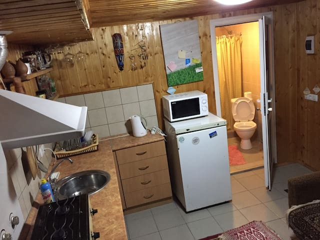 Уютный дом в Кисловодске с сауной - Kislovodsk - Casa
