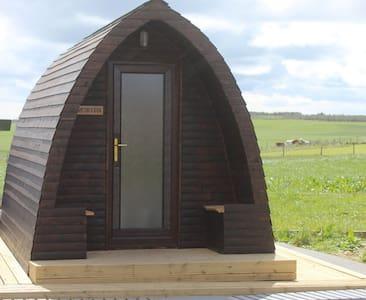 Hillside Camping Pods - Morven Pod  NC500
