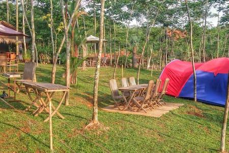 Kampoeng Sadang Camp Ground - Babakancikao - 帐篷