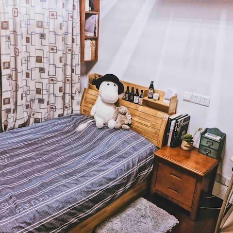 月湖旁老宁波的生活(离宁波火车站步行约十分钟)