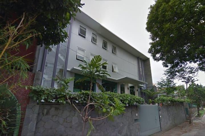 Rumah Tubagus