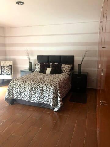 Habitación cómoda y espaciosa!!