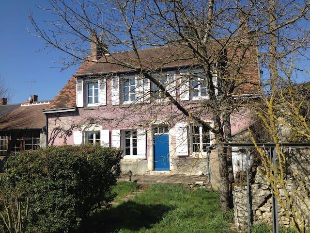 Grande maison de campagne proche Blois