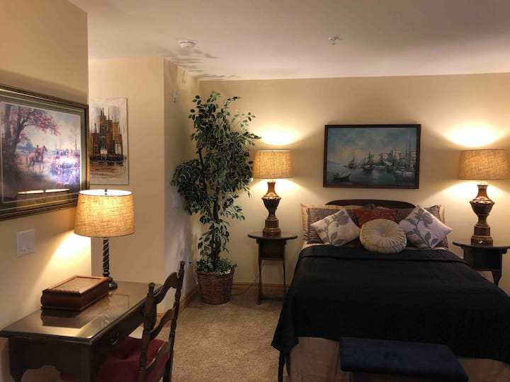 Mather Inn Guest Suite 35