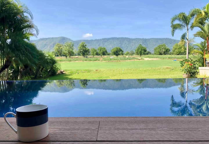 Annie Villa ; Private Loft Pool Villa at Khaoyai