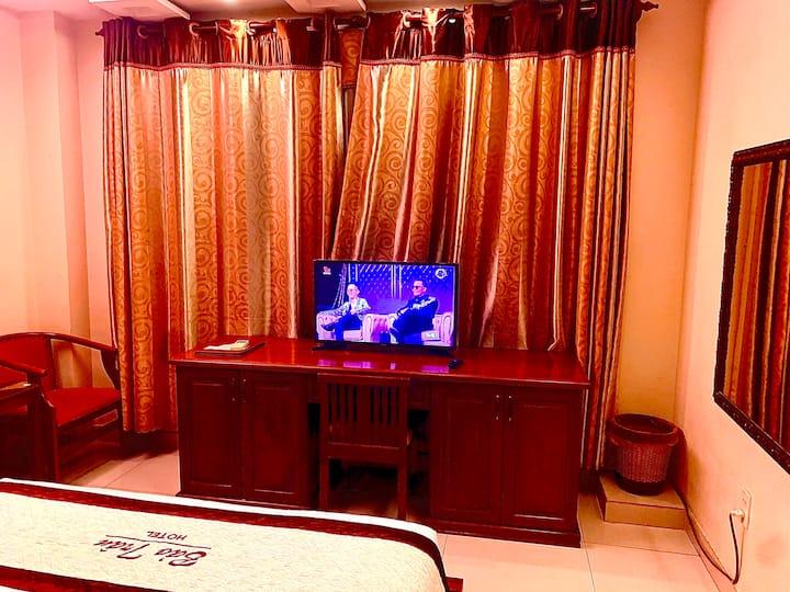 Bao Tran Hotel-601-Window.Bathtub.Quiet