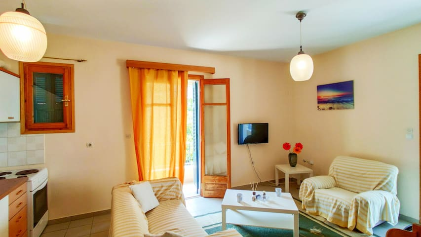 Cozy  Apartment, Center of Epidavros
