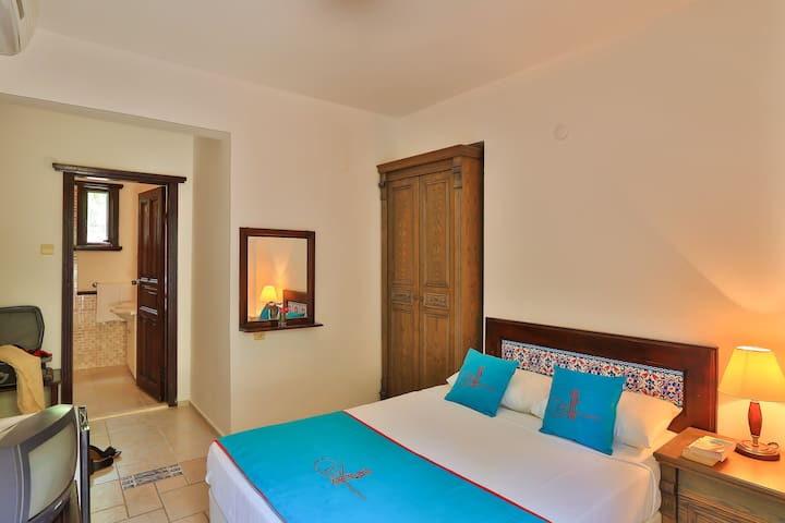 Economical room for 2 in Bodrum