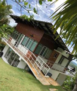 Villa privada en la Presa de Taveras