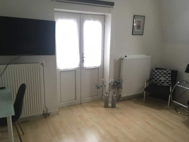 brand new room in city centre
