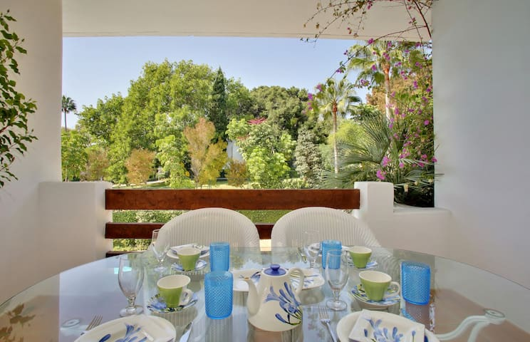 Luxury Apartment Alcazaba Beach (102)