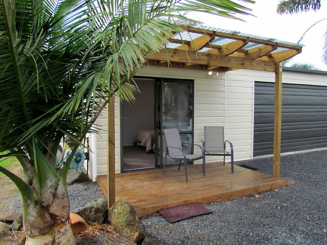 Lovely Self Contained Unit set in a small orchard