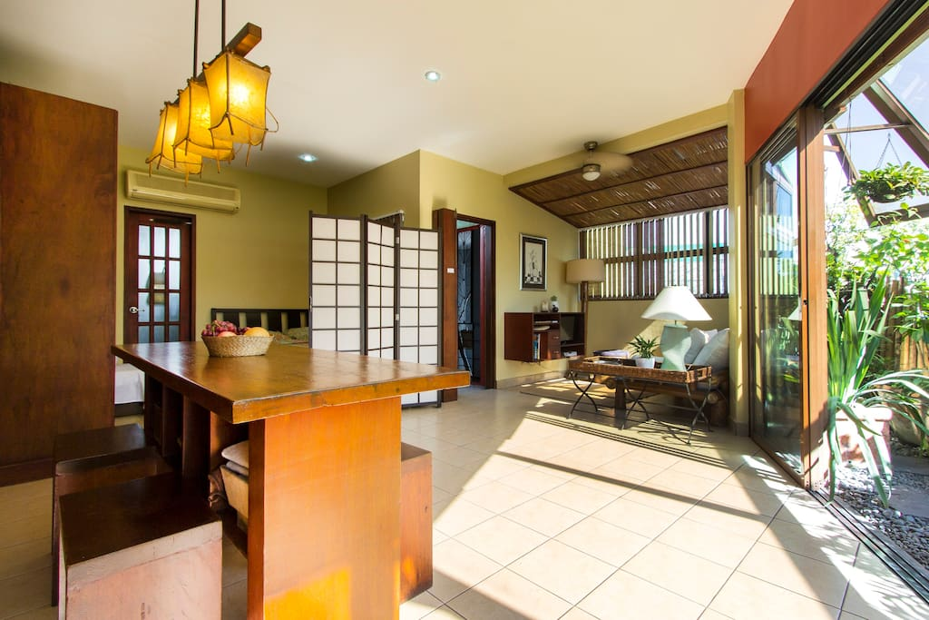Penthouse studio with garden apartments for rent in for Cocktail tables for rent quezon city