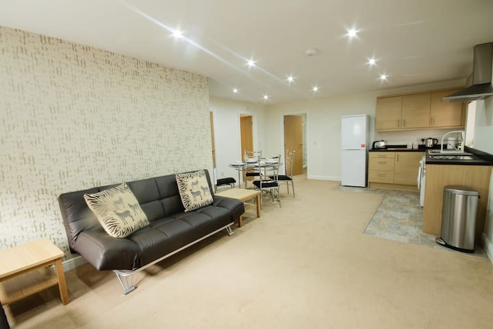 Luxury Apt close to city centre & M1/M62 motorways - 韋克菲爾德(Wakefield) - 公寓
