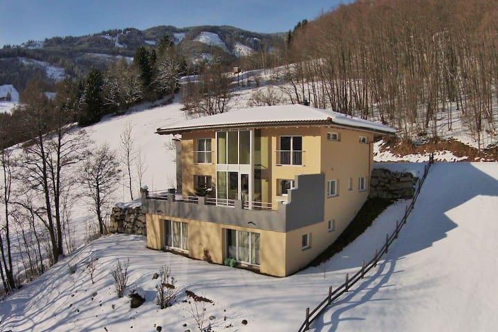 Apartamento luminoso cerca de la zona de esquí en Walchen