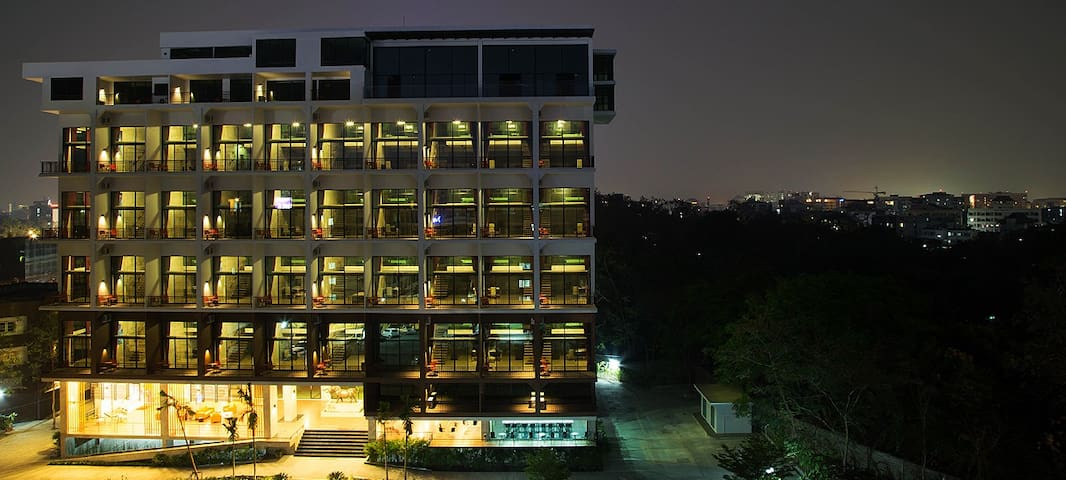 【中文服务】近宁曼路110平豪华Loft公寓 - Chiang Mai - Daire