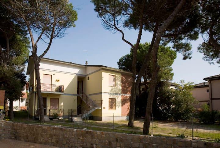 Appartamento Ristrutturato in Villa