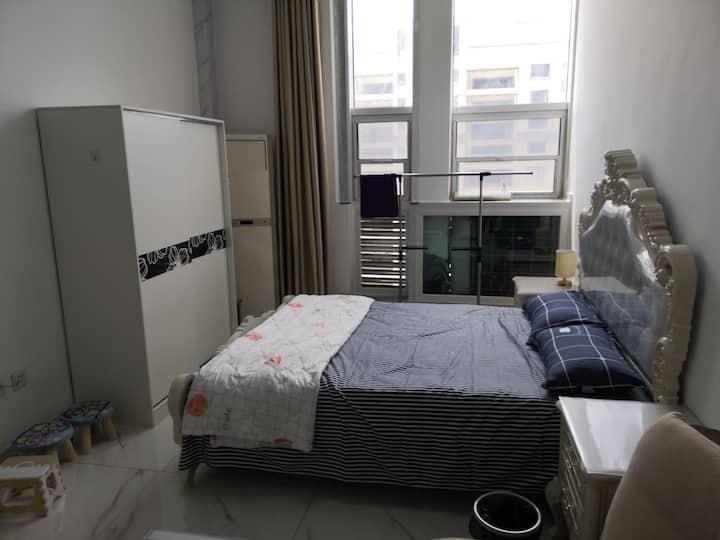 荣安广场北欧风假日公寓出租