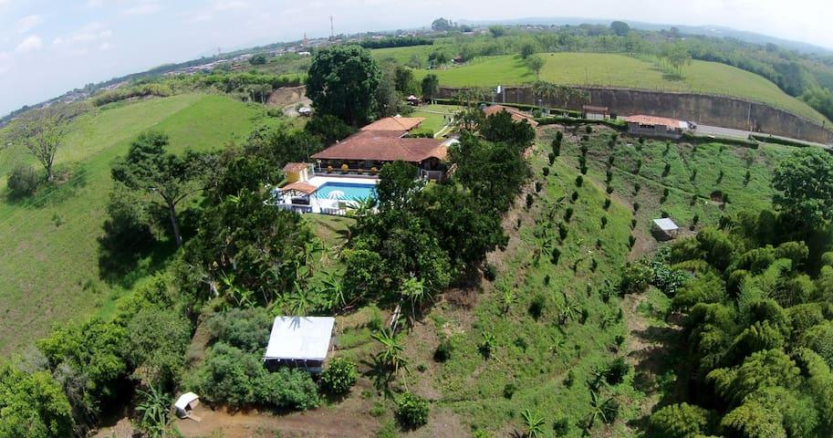 Finca Hotel Villa Luzandi - Habitacion 2