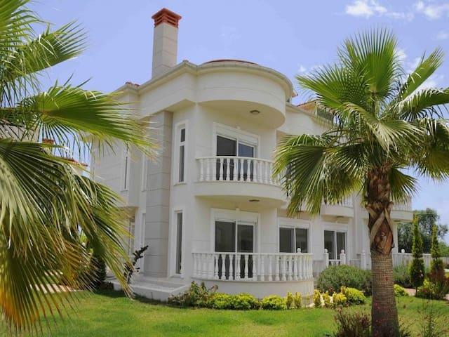 Belek Golf Village Villa G2 - Kadriye Belediyesi
