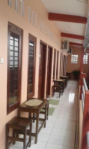 Canary Guesthouse Jogja