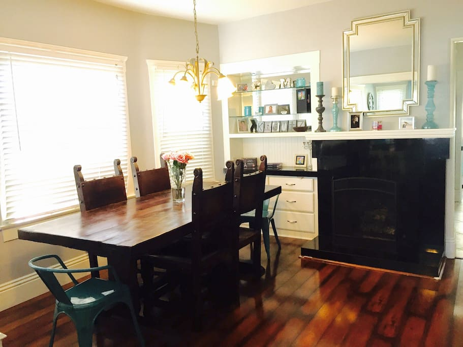 Dining Table with Seating for 6