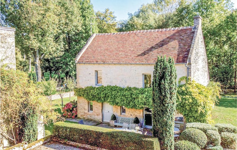 Holiday cottage with 3 bedrooms on 120m² in Fontaine-Henry