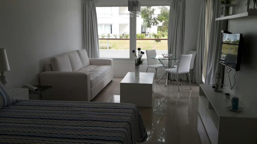 Luxury Studio Green Park- Solanas 2 - Maldonado Department - Apartment