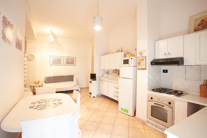 Rita Apartments: three-room flat, city view, wifi