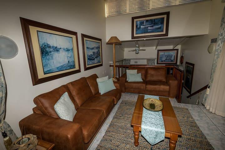 Luxury Villa: San Lameer