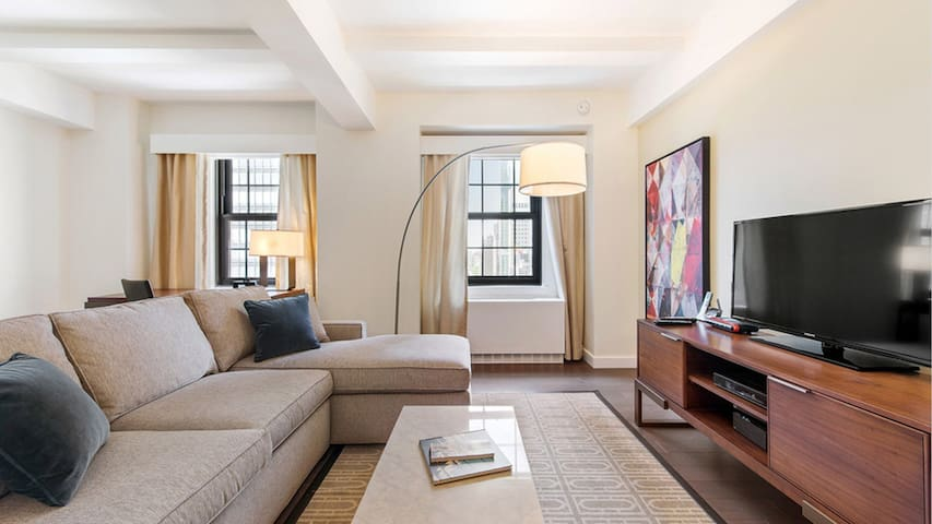 Fantastic 1 BR in Midtown East 1 Block from UN