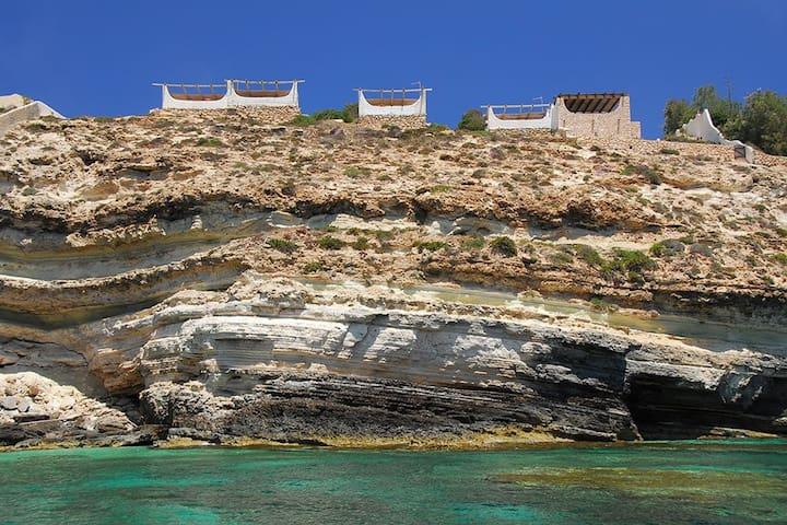 Sea view apartment in Lampedusa, Cala Creta