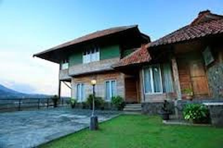 Kiara home stay - Cimenyan - Willa