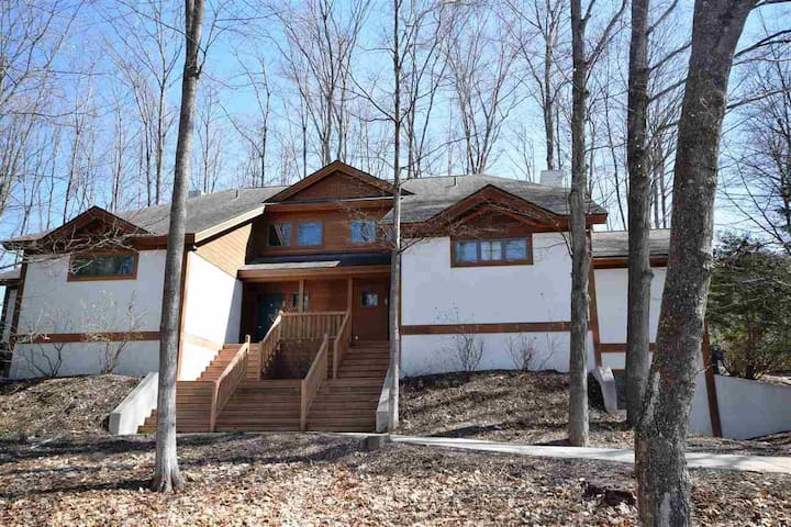 NEW OWNERS = OPEN CALENDAR - Boyne Mountain 4b/4b
