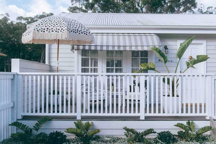 Luna Jervis Bay Heart of Huskisson Pet Friendly