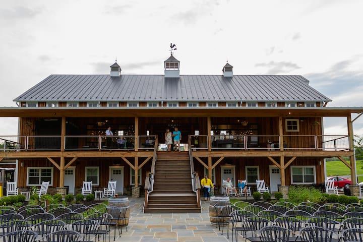 Zion Springs Barn in Western Loudoun