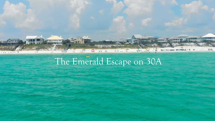 Emerald Escape on 30A/Golf Cart Incl/Walk to Beach