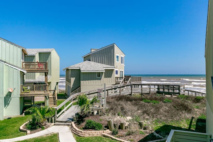 Port A Remodeled Gulf-View Home