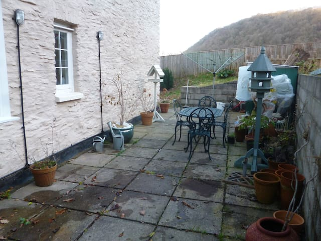 Secluded south facing patio