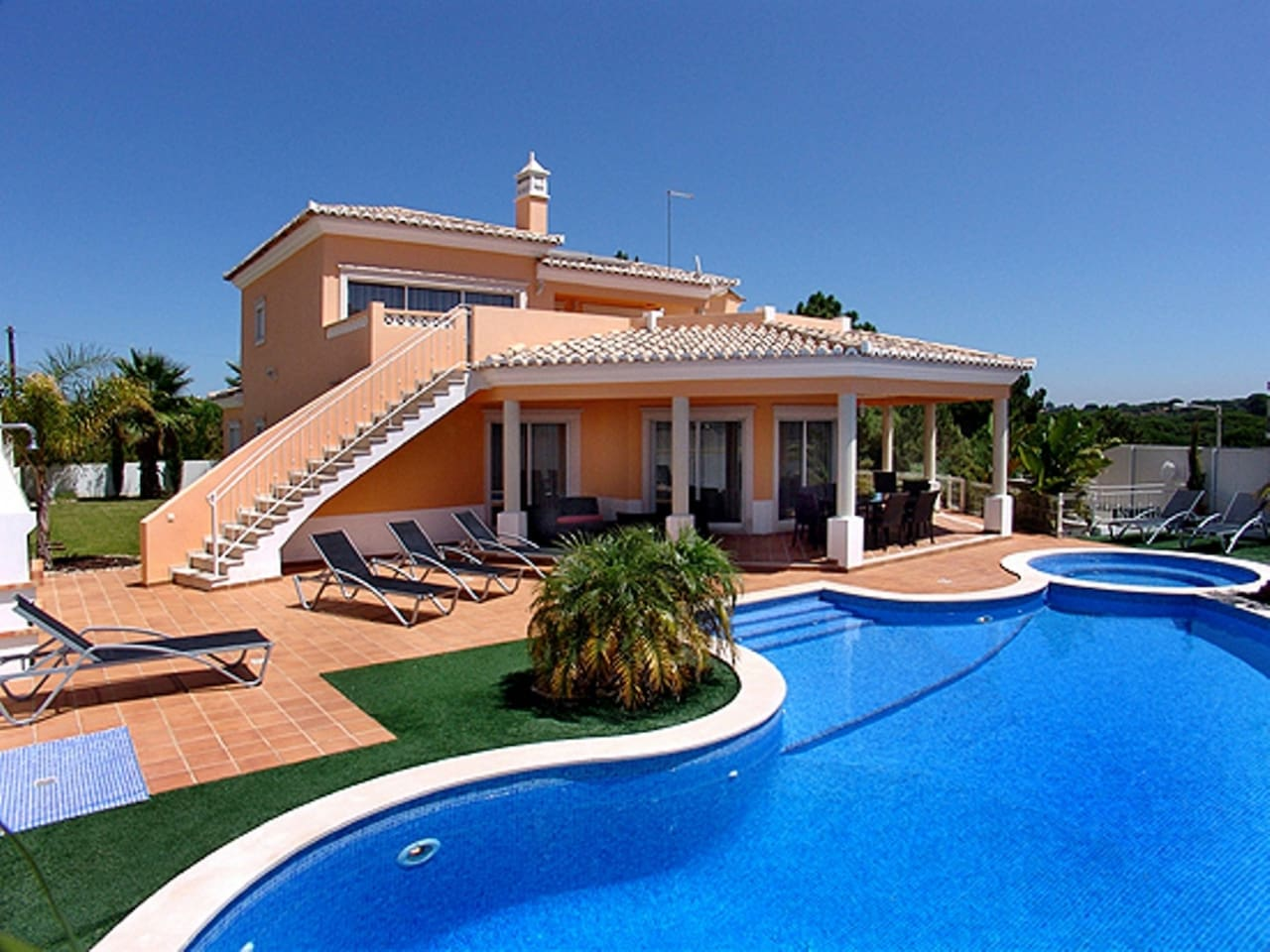 Private Villas In Portugal villa duma with private pool and jacuzzi which can be heated