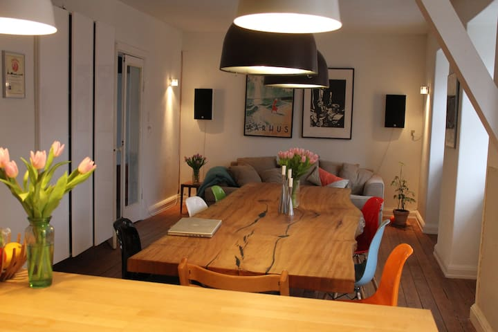 Big appartement in town house
