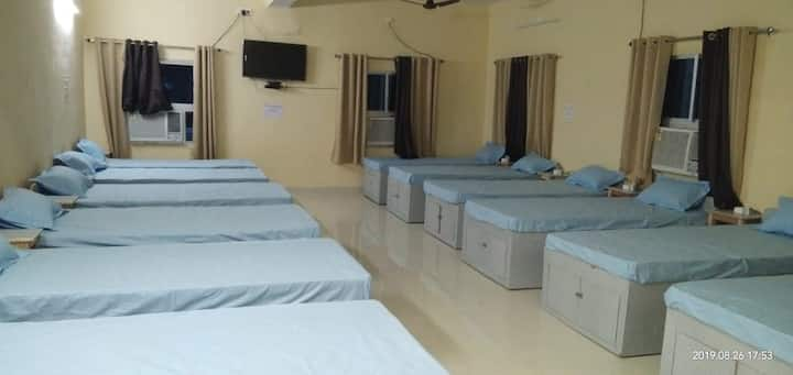 2 beds at Nandan Guest House