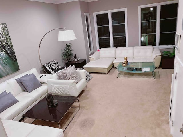 Golden gate home private room 3
