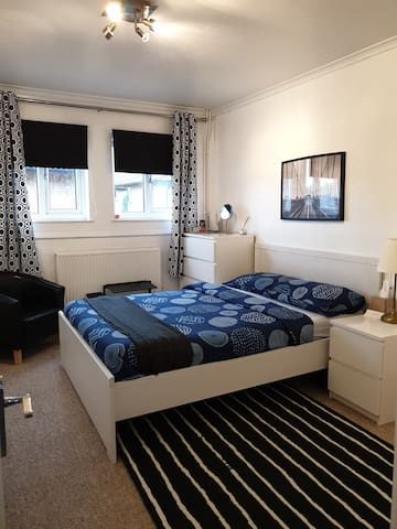 Cozy Scandi Style Double Room 5 Mins to Town