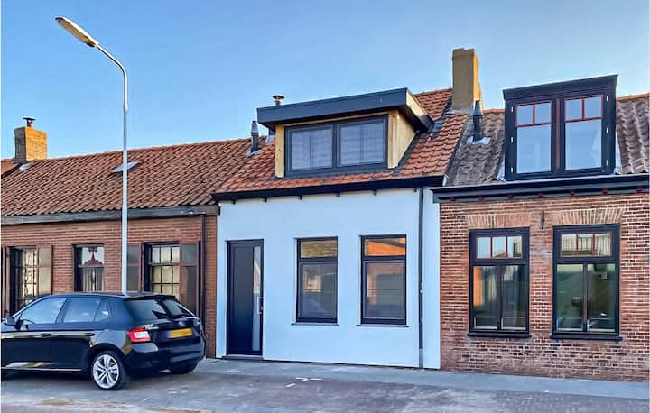 Awesome home in Groede with WiFi and 2 Bedrooms