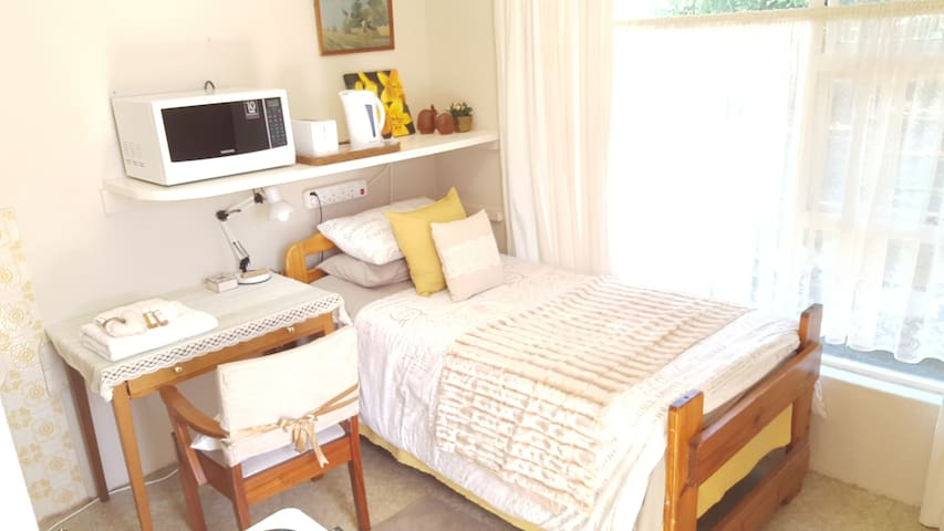 1BD Jasmine Flat near Gym, MTB & Wine Farms - Kaapstad - Appartement