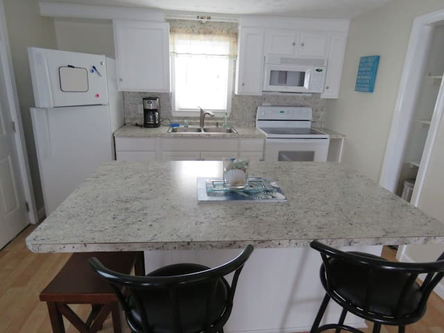 Beach Rental - 17 Riverview Terrace - Unit B Lower