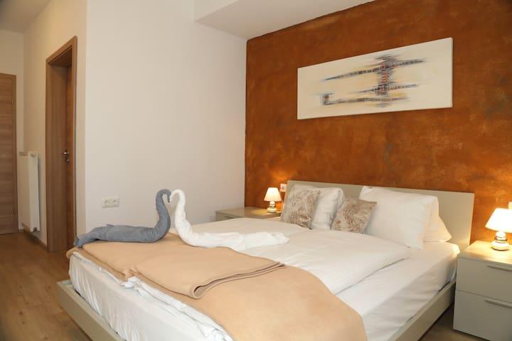 Doppelbettzimmer mit Terrasse - Abfaltersbach - House